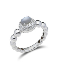 Diamanten pavé ring met maansteen
