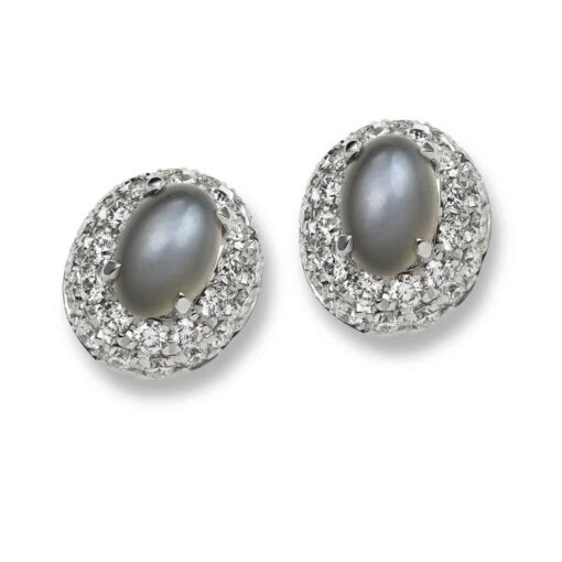 Diamond_pavé_earrings_with_moontstone