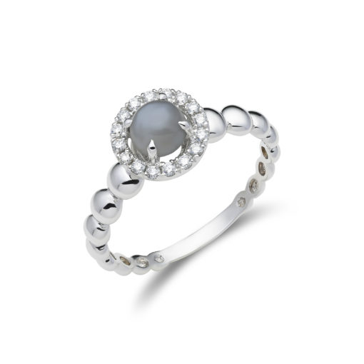 Halo diamond ring with moonstone