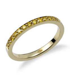 Yellow diamond pavé weddingring