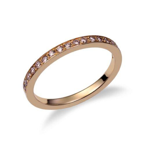 Pink gold pavé diamond wedding ring