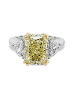 4.00 Carat radiant engagement ring