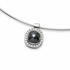 [en:]Black diamond halo pendant[/en][nl:]Zwarte diamanten halo hanger[/nl]