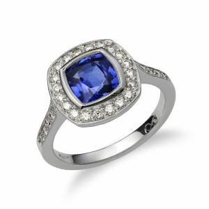 [en:]Sapphire halo diamond ring[/en][nl:]Safier halo diamanten ring[/nl]
